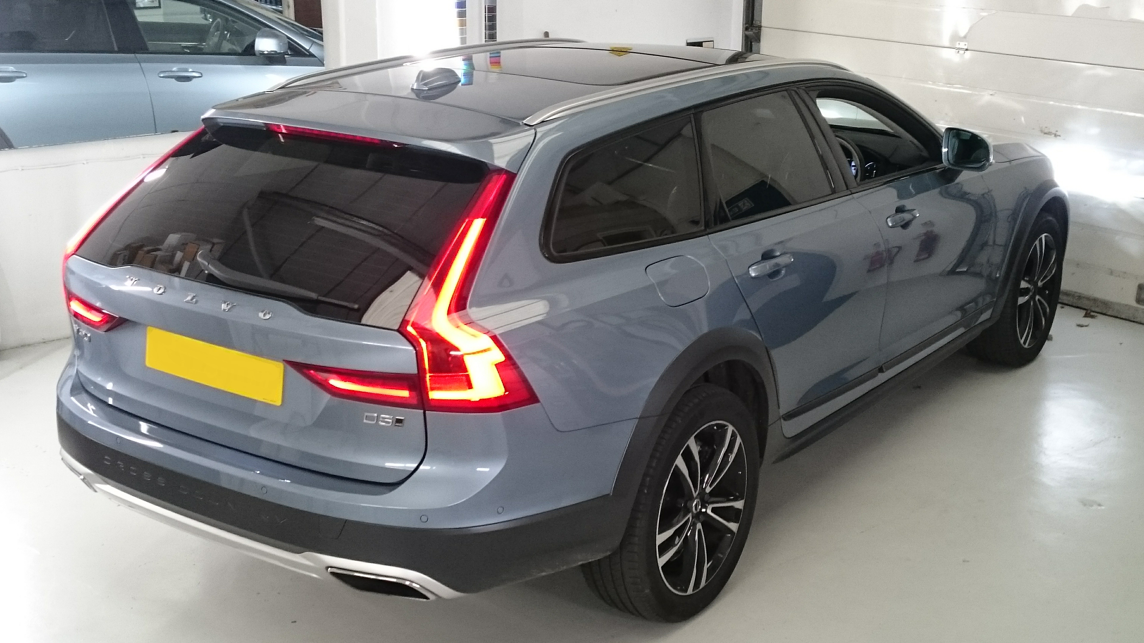 Volvo V90. Estate car window tinting offside rear quarter glass in Barnstaple North Devon. Llumar ATC20 automotive window films. Tinting Express Barnstaple