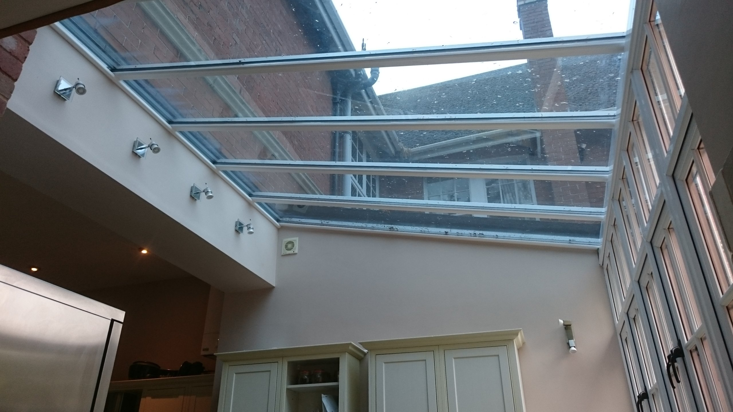Kitchen Diner roof in Exmouth Devon before being fitted with Tinting Express Dual 20V