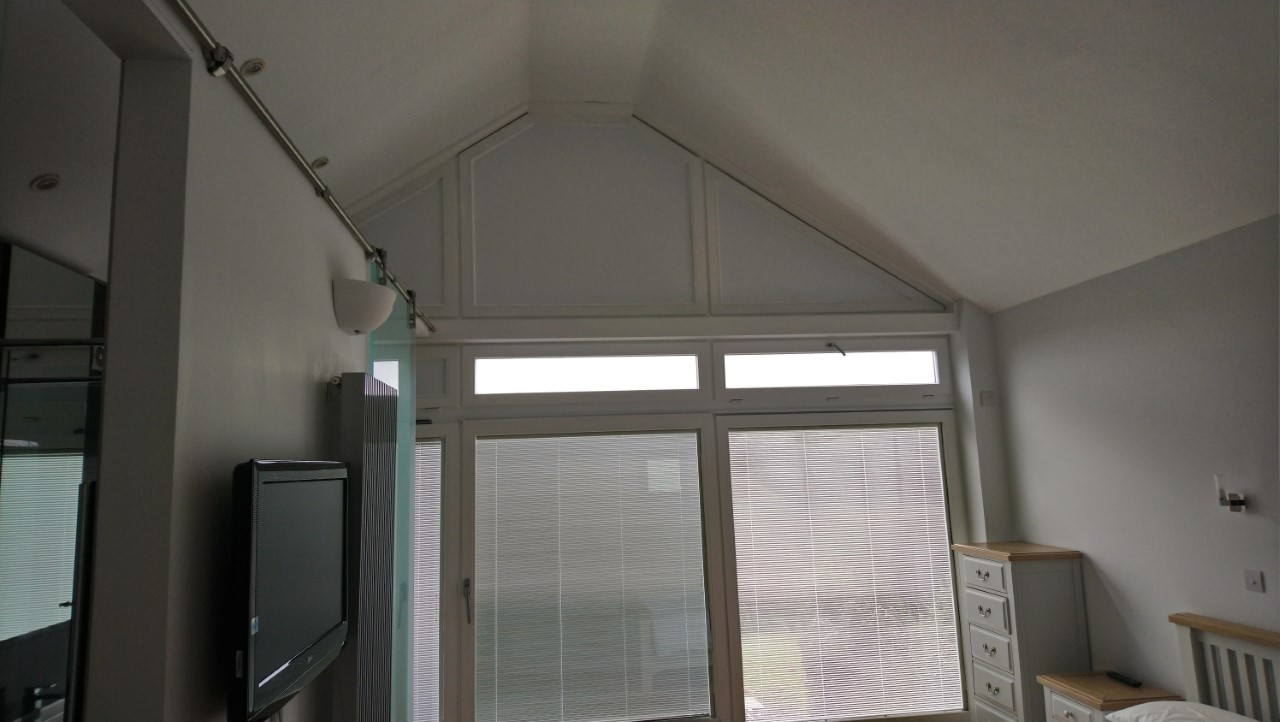 Light Block Films - Nuisance bright light early in the morning, when you're trying to sleep on. We have the solution. Tinting Express Devon.